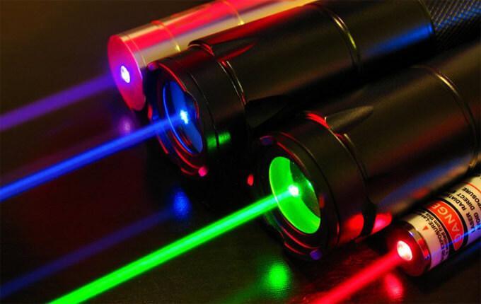 применение в лазерных указках