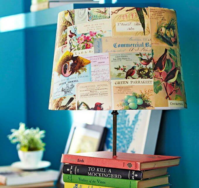 настольная лампа из книг