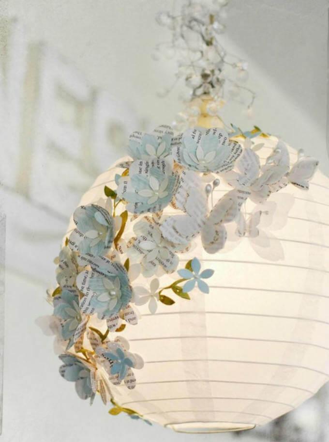 плафон с бумажными цветами