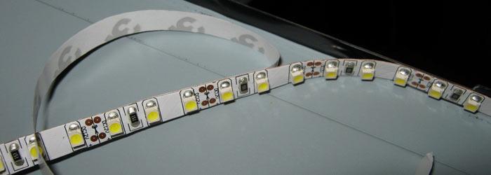 наклеивание LED-ленты